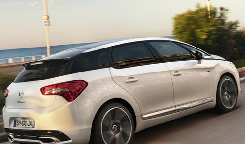 DS5科技与舒适并存,带给您极致的驾驶体验