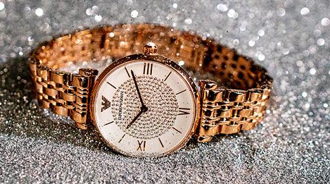 寺库上线阿玛尼满天星手表,让时间永恒