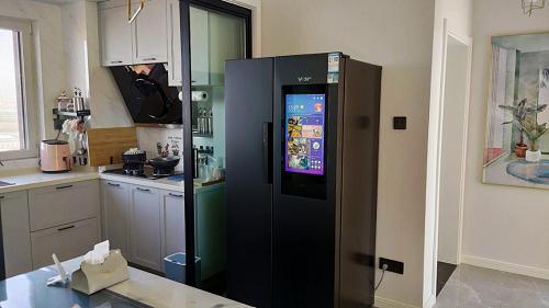 实用还是噱头?给冰箱配备大屏的云米5G大屏冰箱实际表现如何?